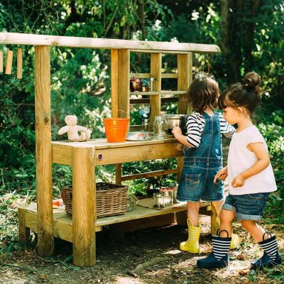 discovery mud pie kitchen